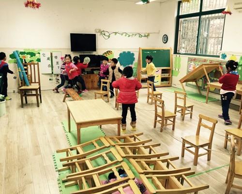 幼儿园雾霾展板布置图片