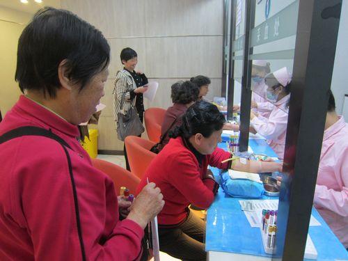 退休教师们还去了松江方塔园进行