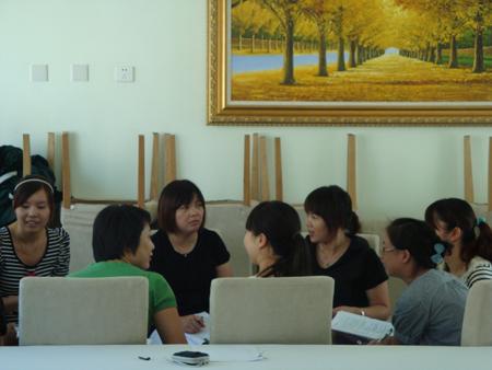 朱家角幼儿园研讨活动《月饼为我打爷爷》走进共青团说课稿图片