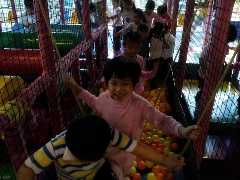 仙乐斯,儿童们的木偶剧场——阳光幼稚园秋游活动