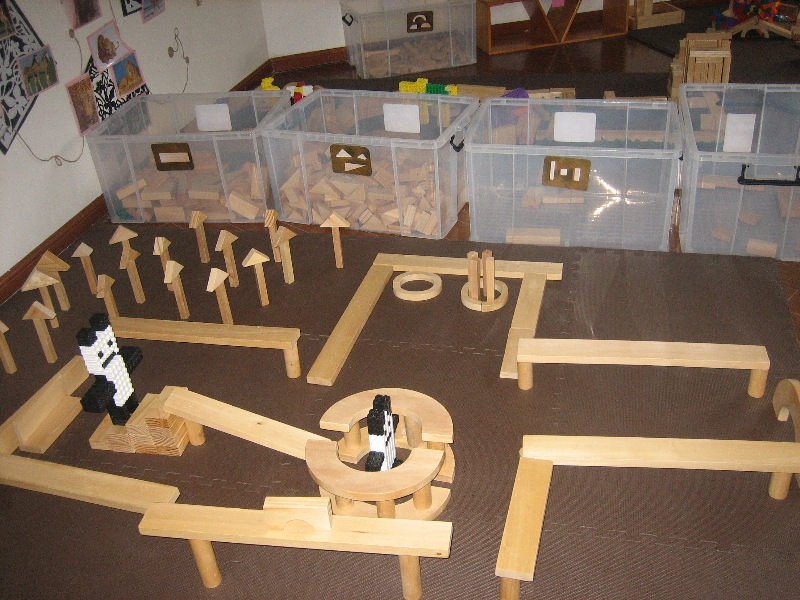 我是小小建筑师——记市光二幼建构室幼儿作品集锦