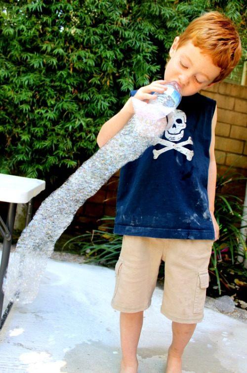 """""""三无""""泡泡水或伤害儿童皮肤 在家自制安全更好玩 - 开心泡泡堂 - 开心泡泡堂"""
