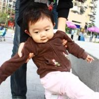 如何让宝宝轻松学走路