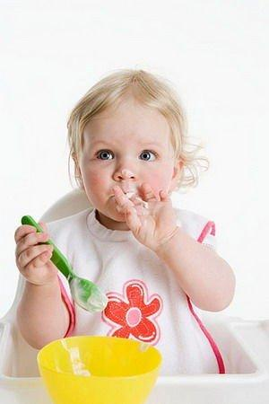 宝宝8个月后辅食别太碎