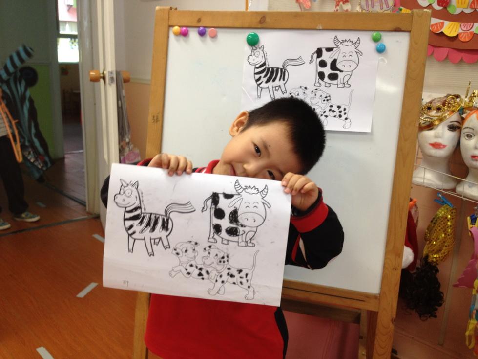 植物黑白装饰画_涂色黑白动物