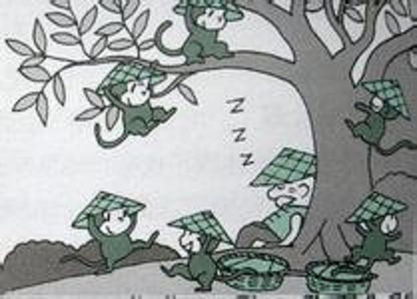 走到半路上,老爷爷累了,放下担子,坐在大树底下休息,不知不觉睡着了.