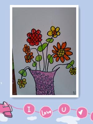 7日     梵高大师的绘画作品《向日葵》中每一朵花都在不同的方向朝大