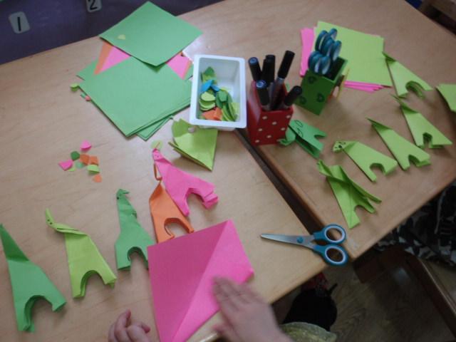 幼儿园动物剪纸图案大全简单图解