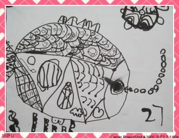 幼儿线描画房子图片展示