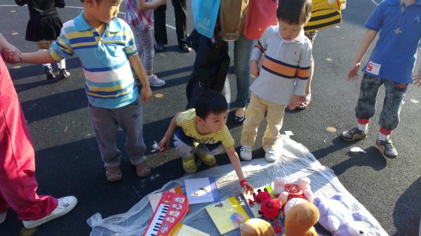 幼儿园国庆节手工制作衣服