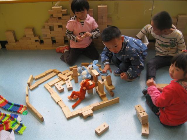 我们给小动物造房子