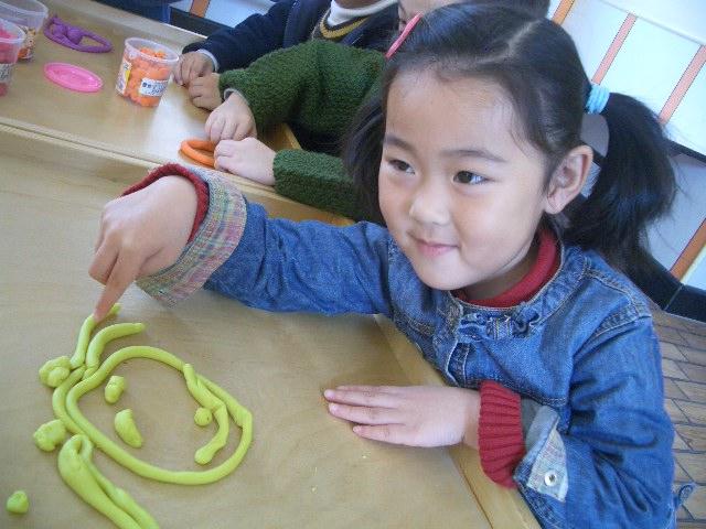 幼儿可爱笑脸照片