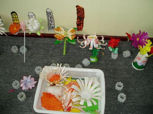 美丽的秋天儿童画::摘水果儿童画::秋天儿童画教师范-儿童画秋图片