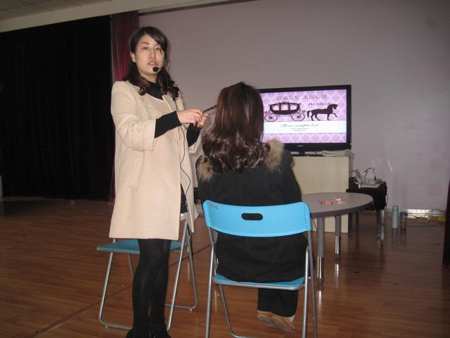 —鹤庆幼儿园11月社团活动