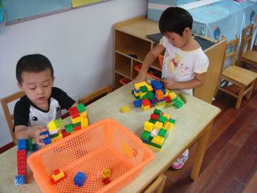 幼儿园娃娃家手工制作 娃娃家