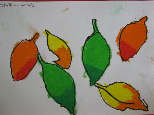 小学生用树叶做粘画,小学生树叶贴画图片,小学生树叶画,小学生
