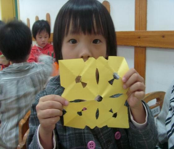 学剪纸(正方形的窗花)