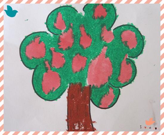 园所主页 巧手作品  苹果树            发布时间: 2013年11月22日