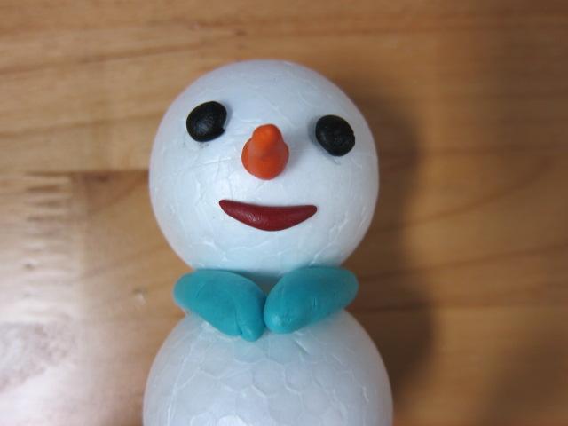 橡皮泥做的雪人图片:彩泥制作雪人