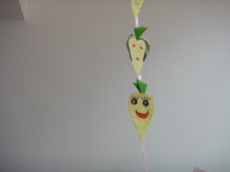 手工折纸:蔬菜            发布时间: 2010年12月23日   相关附件