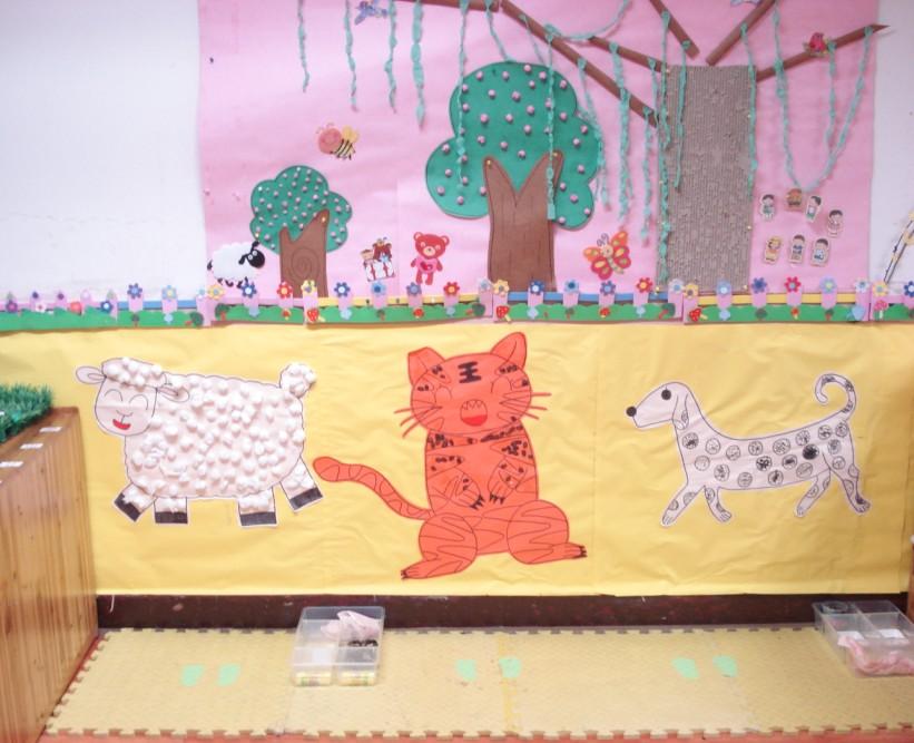 幼儿园区角布置图片:美工区6_幼儿园活动区布置图图片