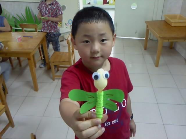 幼儿园环保手工制作小蜻蜓