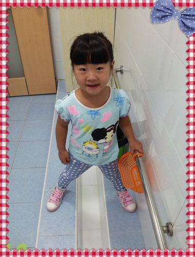 女宝宝如厕步骤图