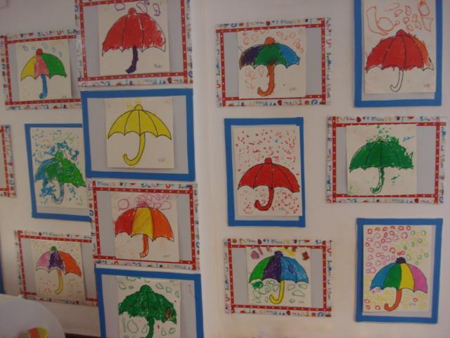 小花伞儿童画简笔画; 小花伞儿童画简笔画_儿童画人物简笔画_儿童画