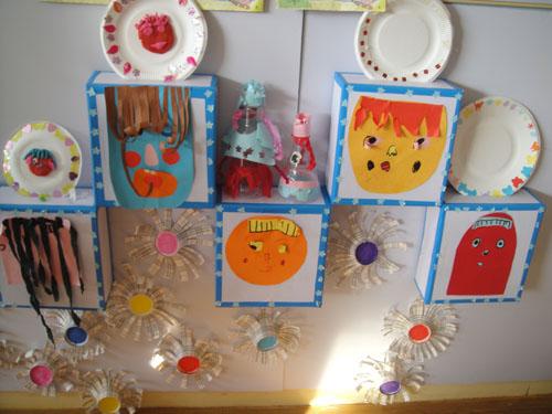 幼儿园美工区布置图片_幼儿园美工区设计图片